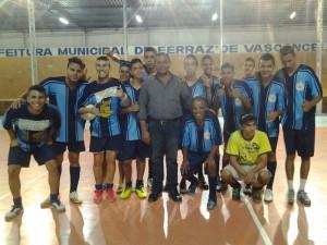 Vereador apoia campeonato de futebol de salão da juventude evangélica