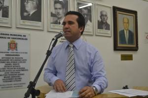 Petista propõe a adoção de programa para a captação de água em casas