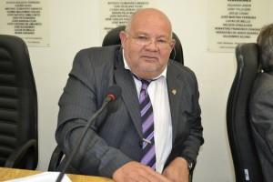 Vereador Valtinho do Ipanema quer praça revitalizada na Vila Jamil