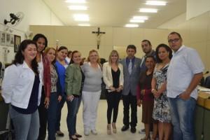 Luiz Tenório homenageia servidores da UBS Jardim Castelo