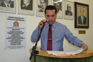 Ficha Limpa tem votação adiada para a próxima segunda-feira