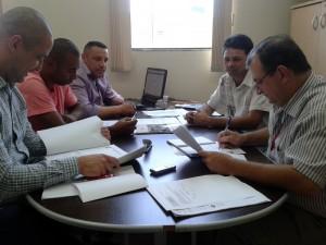 Vereador Luiz Tenório se reúne com representantes da Bandeirante