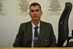 Flávio do Depósito propõe ligação de asfalto na Vila Romanópolis