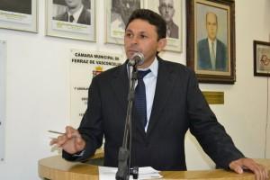 Luiz Tenório quer o fim do transbordo de lixo no Cambiri