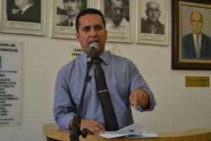 Vereador apoia plebiscito de reforma política exclusiva