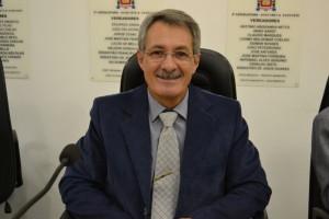 Vereador propõe operação tapa-buraco na Vila Bianchi