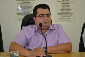 Secretário pede adiamento de audiência pública