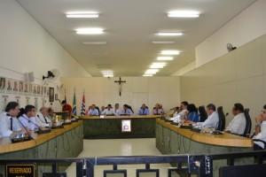 Câmara rejeita contas do exercício de 2011 de ex-prefeito