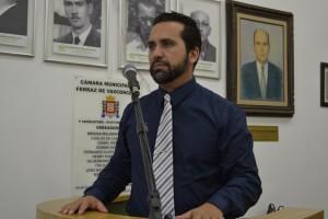 Vereador promove debate sobre reforma política brasileira