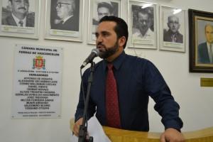 Petista desconfia da elaboração do Plano de Educação
