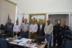 Comandante promete mandar mais soldados para Ferraz