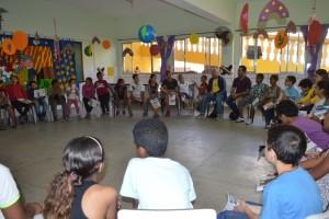 Vereador discute política com jovens do CJ Margarida