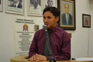 Fabinho homenageia os 21 anos do Jornal do Município