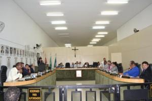 Vereadores aprovam orçamento para 2016 em 1º turno