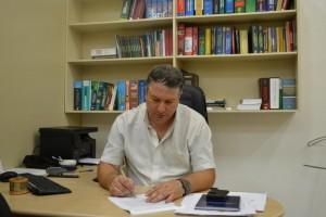 Comissão Processante não consegue dar ciência a prefeito afastado