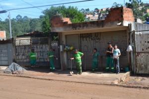 Vereador Tenório presta socorro a moradores no Cambiri