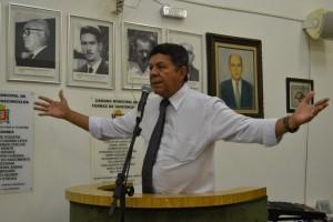 Juracy apresenta requerimento cobrando especialistas para o Regional