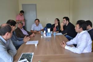 Tenório participa de reunião para discutir o Sítio Paiolzinho