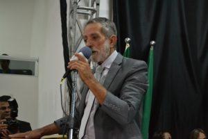 Zé Biruta cancela decreto que dava poderes a secretário