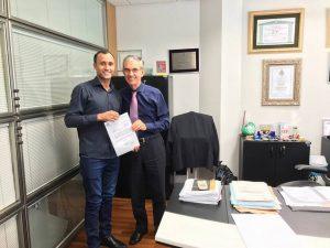 Mineiro pede ajuda para agendar reunião com secretário