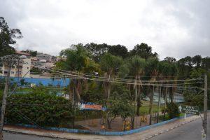 Squizato quer pente-fino da revitalização do Nosso Recanto