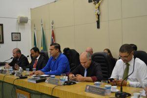 Presidência suspende a eleição de comissões permanentes