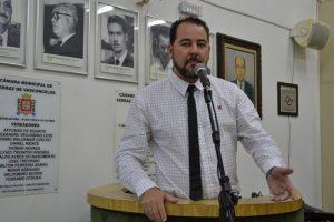 Nicolas solicita desobstrução de rede de esgoto na Vila Cristina