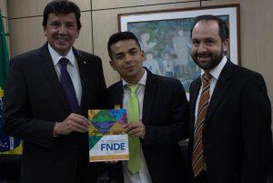 Renatinho tenta destravar pendências locais em Brasília