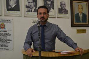 Vereador pede a suspensão de decreto que retira poder do CMT