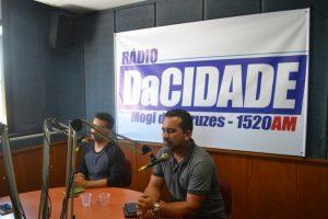Vereadores discutem o cotidiano da cidade em entrevista à rádio
