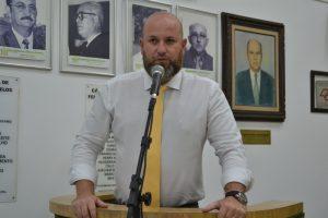 Squizato critica a não realização de eventos cívicos na cidade