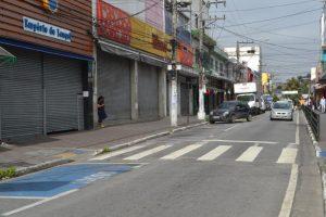 Inha propõe revitalização e recolocação de grades na Avenida XV de Novembro no centro