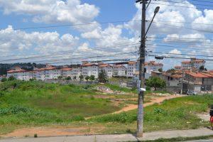 Prefeitura tenta atrair parceiros para construir espaços esportivos no Fazenda Itajuíbe