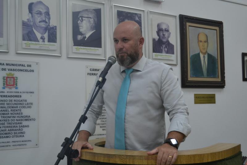 Squizato apresenta moção de aplauso ao Dia Nacional do Samba