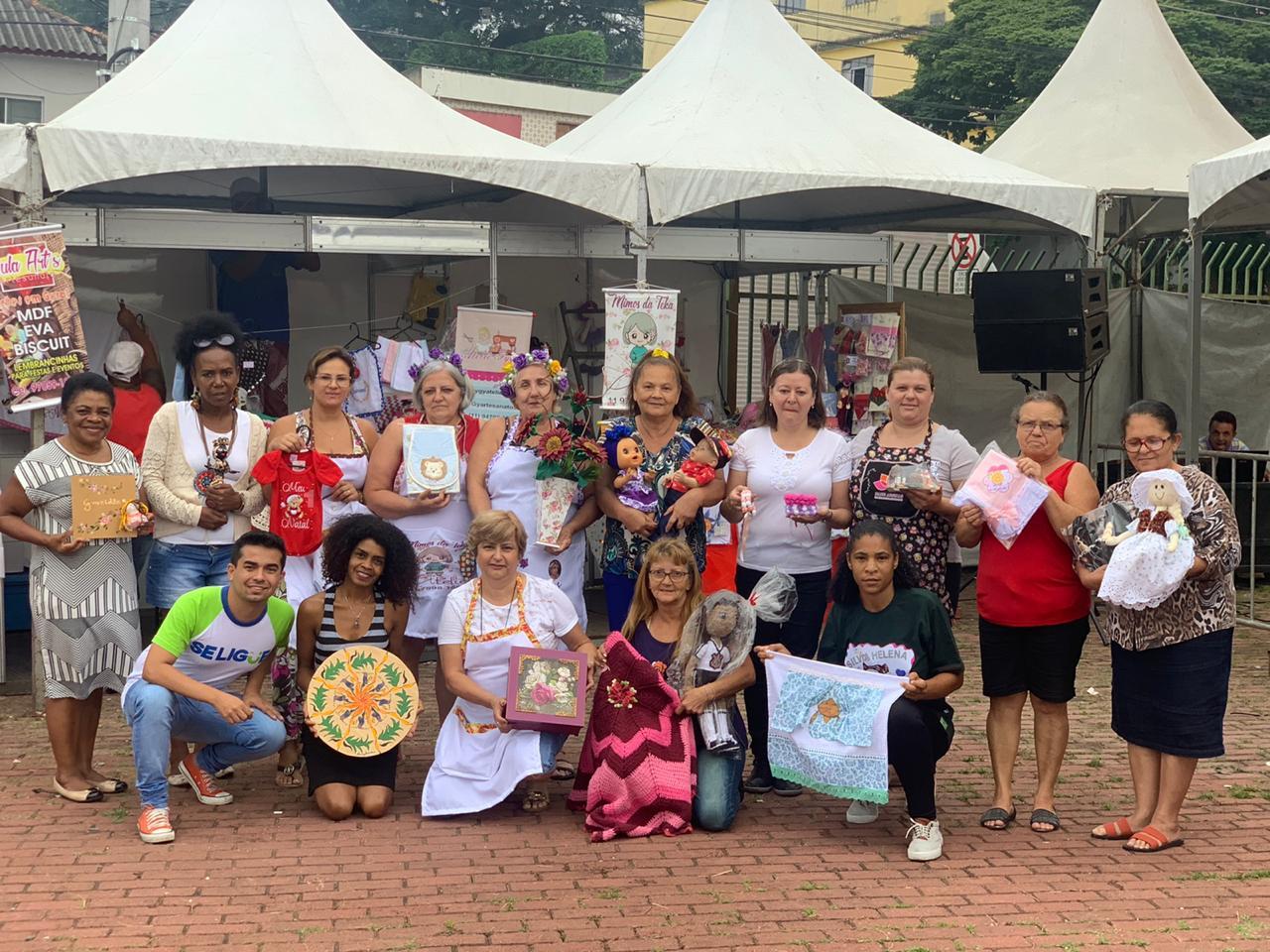 Renatinho incentiva a realização de feira de artesanato na cidade