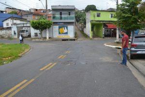 Mineiro exige que asfalto seja refeito na Vila São Paulo