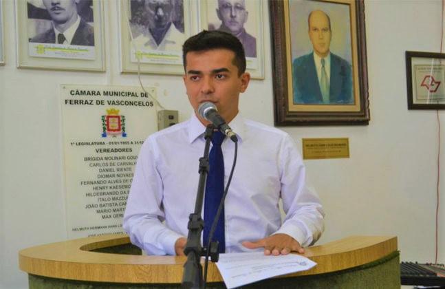 Renatinho critica a liberação de empreendimentos imobiliários na cidade