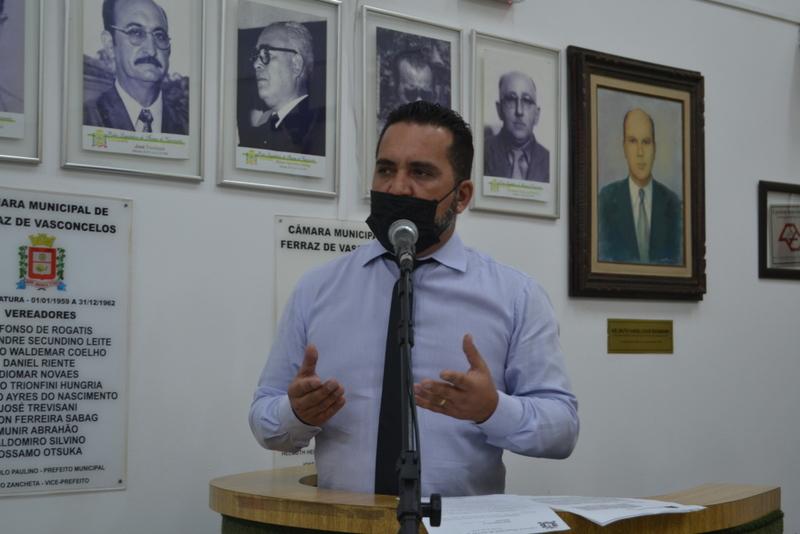 Vereador questiona despesas com os serviços de poda e supressão de árvores na cidade