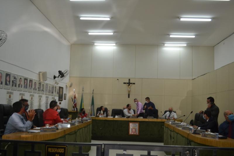 Câmara aprova antecipação de feriados por decreto para aumentar isolamento social