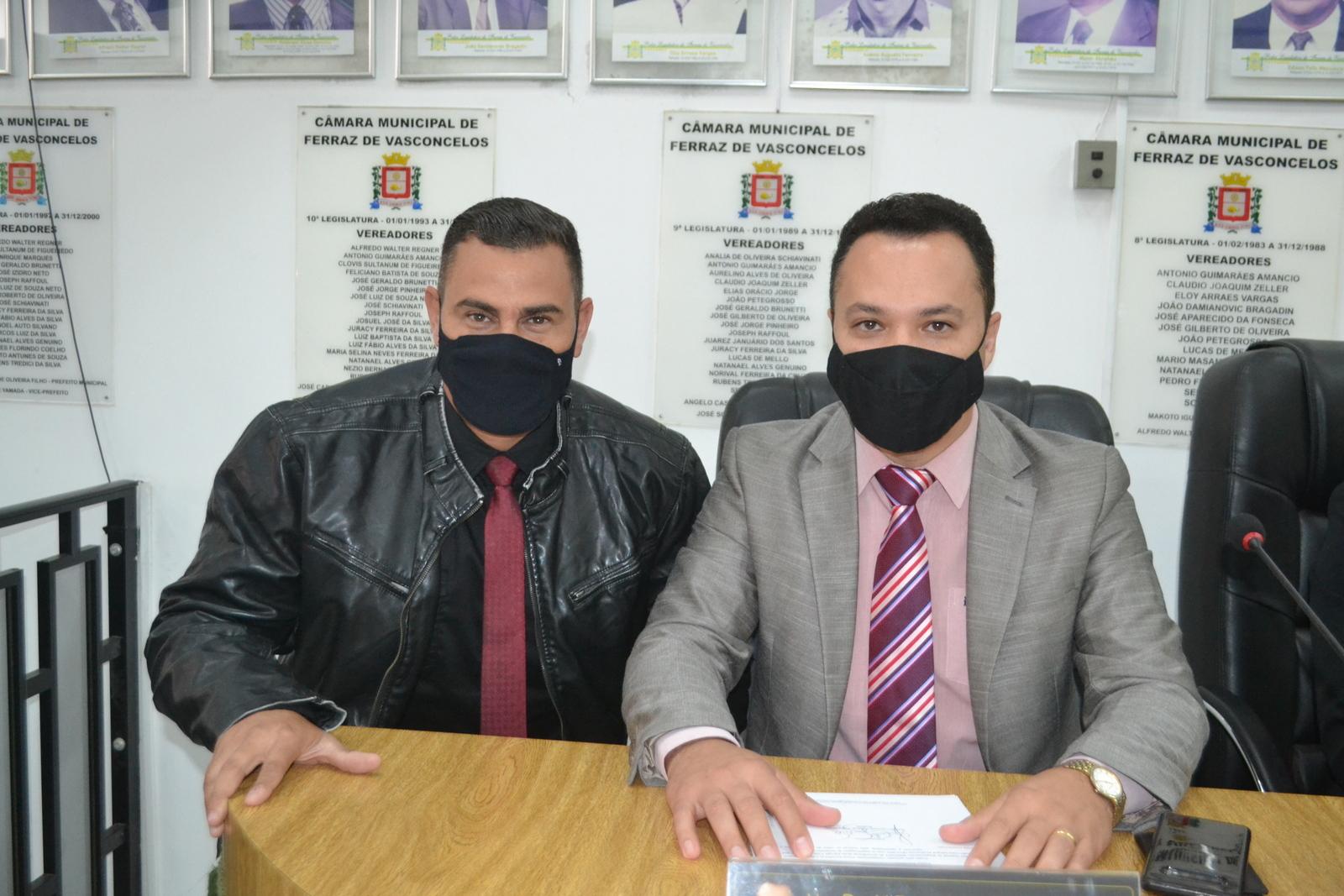 David Júnior e Teteco apoiam a criação de piso salarial para profissionais da enfermagem