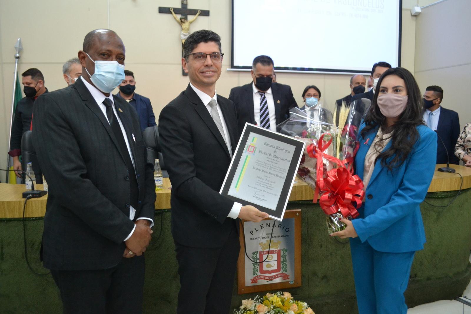 Por sugestão de Tonho, Câmara concede o título de cidadão ao Dr. João Walter Cotrim Machado